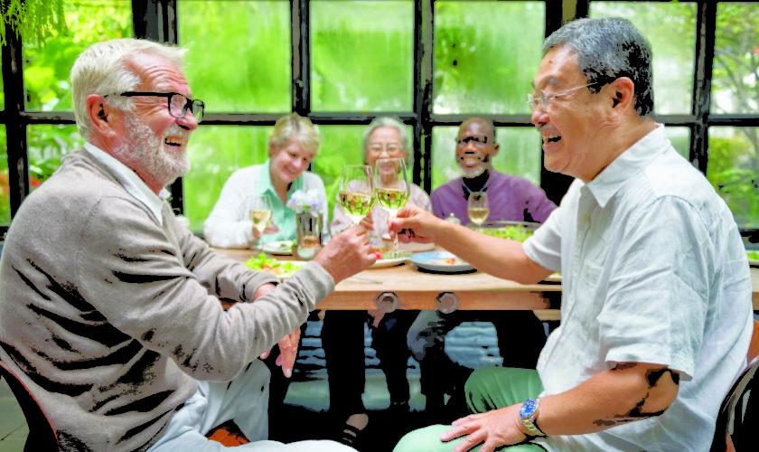 tips-seniors-moving-new-community