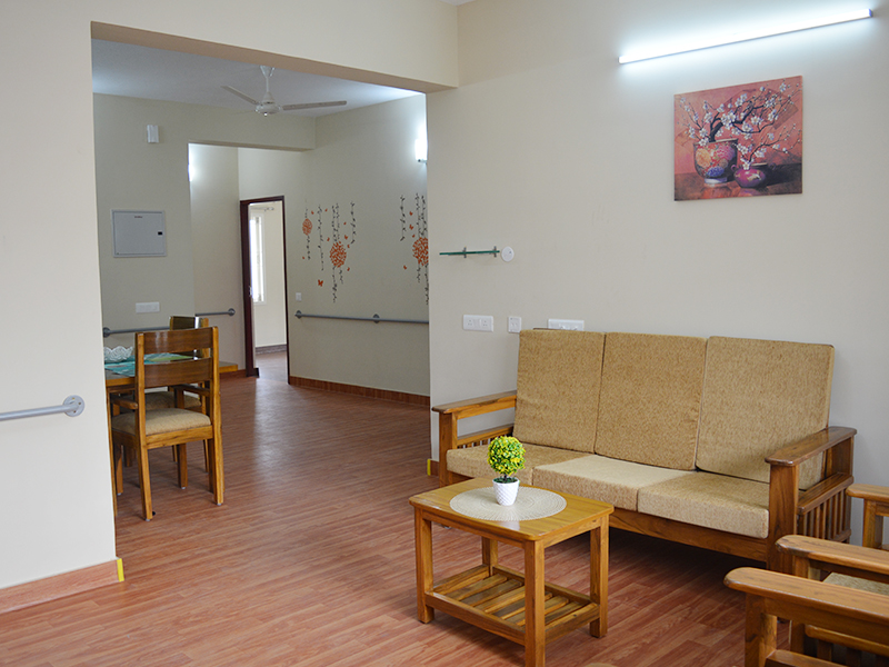assisted living in arumbakkam